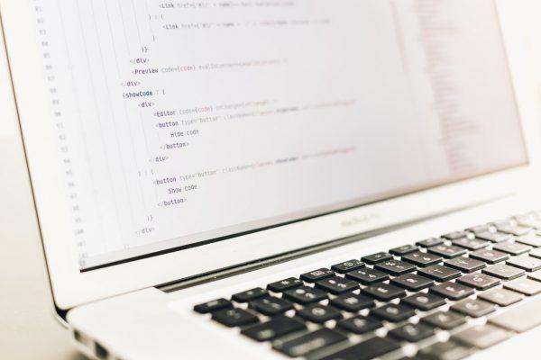 Miten pidän parhaat osaajat talossa: IT, ohjelmistokehitys, asiantuntija, e-business, koodari, softa, sovellus?